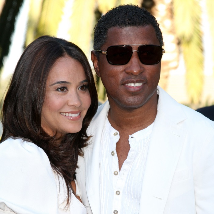 "who is kenny babyface edmonds dating If you were to closely examine the annals of modern pop music history, few creative forces have been more seminal or impacted the contemporary pop/urban genres as much as kenny ""babyface"" edmonds."