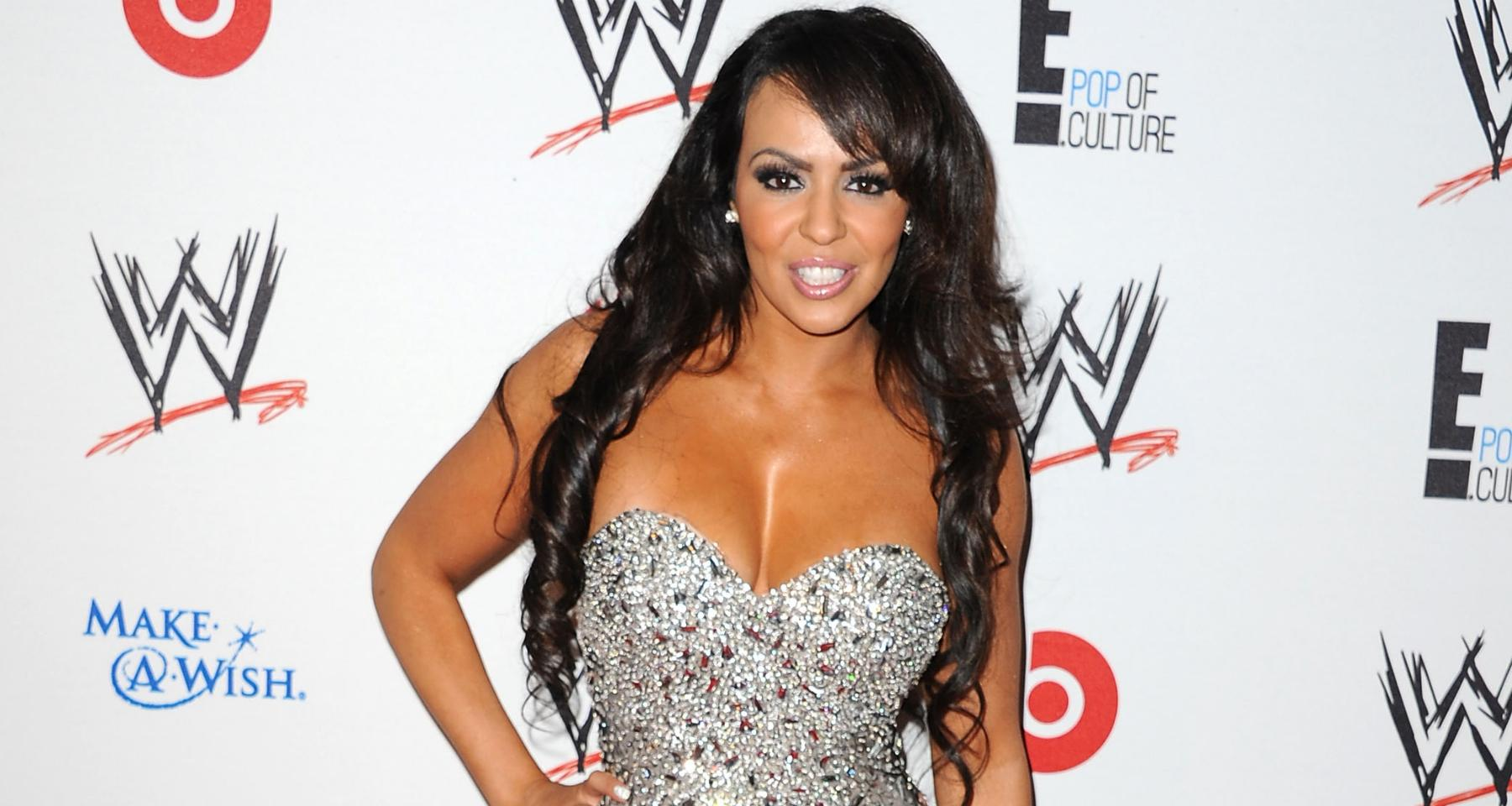 Wwe Diva Layla El Announces Retirement After Nine Years