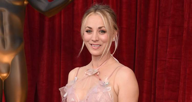 Kaley Cuoco Tries Cryotherapy, a Weird New Celebrity Trend