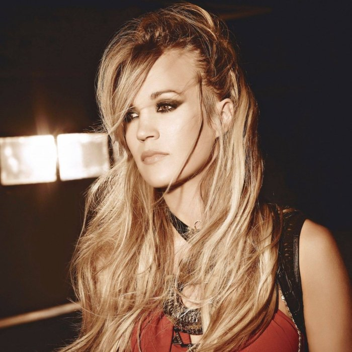 Carrie Underwood Cover Photo Shoot Facebook