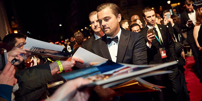 Autograph of Leonardo DiCaprio