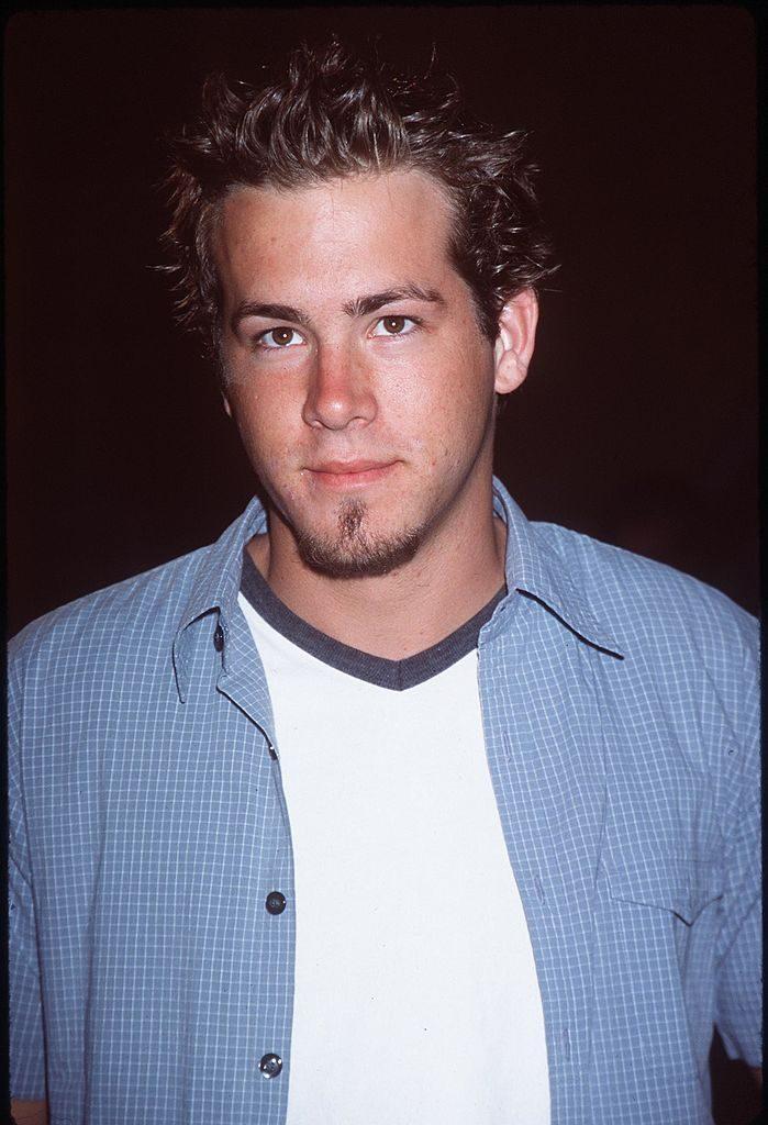 Watch Ryan Reynolds Haircut video