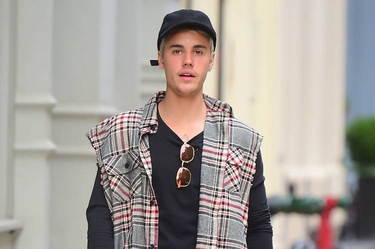 Justin Bieber Shows off his Unique Fashion Sense as he heads to NYC Spa