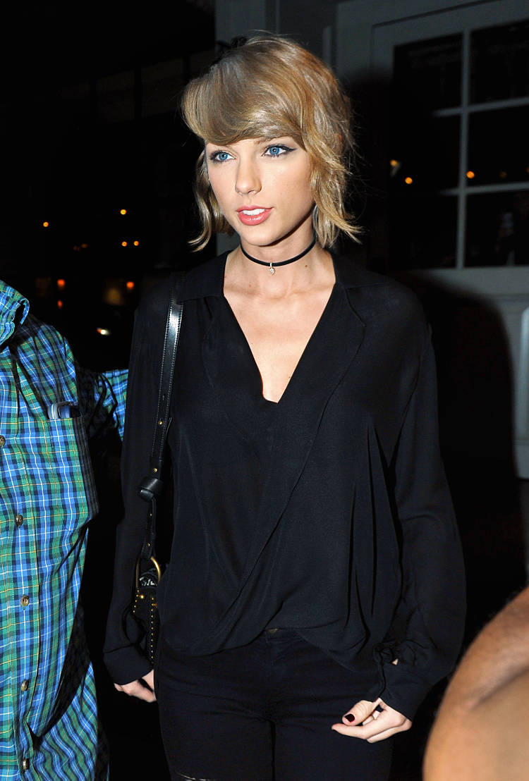 Taylor Swift along with Lily Aldridge and a pregnant Behati Prinsloo were spotted leaving Gracias Madre Restaurant after dinner in West Hollywood, CA.