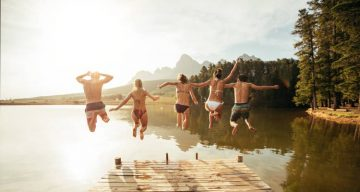 5 Sweet Friendship Day Poems for Friendship Day 2016
