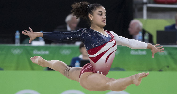 Laurie Hernandez Snag the Silver in the Womens Beam