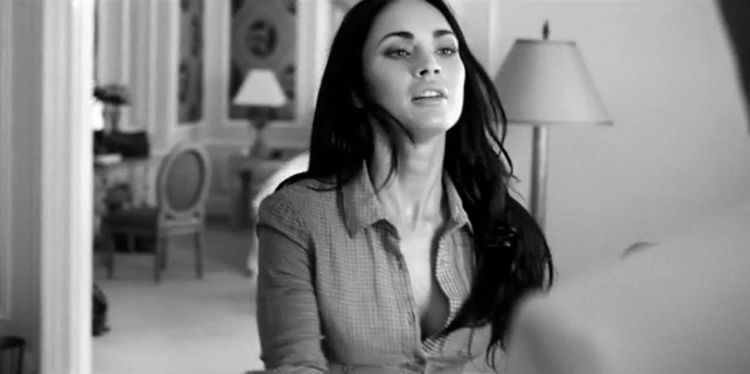 Megan Fox Hot Cleavage