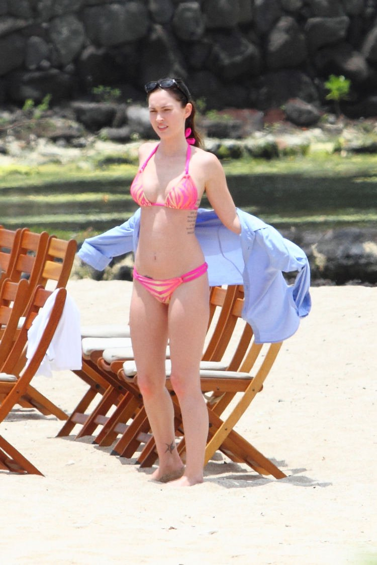 Megan Fox Sexy in Pink