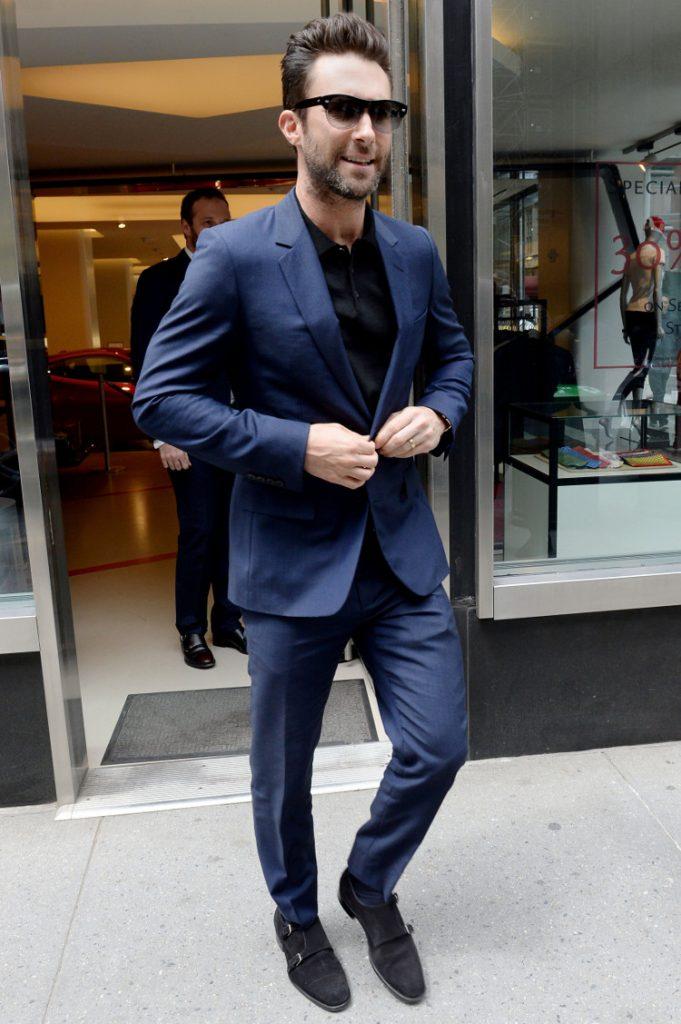 Adam Levines Hot
