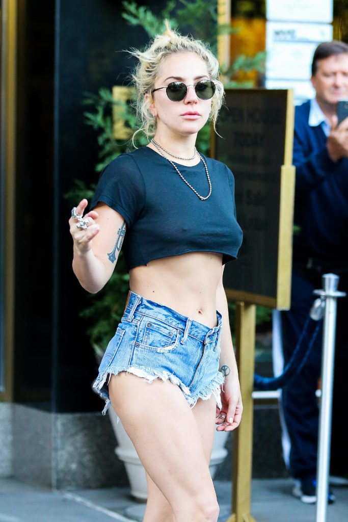 Lady gaga hot pictures
