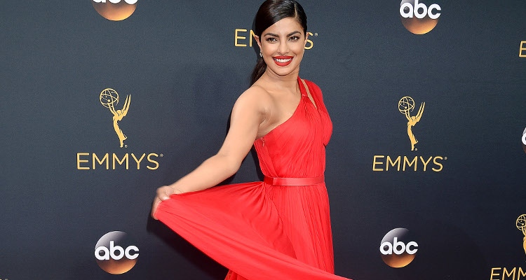 Whoa! Priyanka Chopra, Tom Hiddleston Get Flirty At Emmys After-party