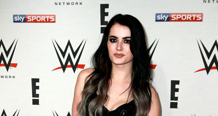 paige quits wwe
