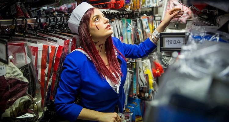 10 Spirit Halloween Stores Near Me in Florida - Earn The Necklace