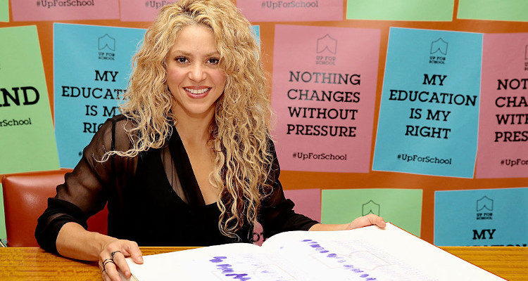 Shakira New Song Chantaje