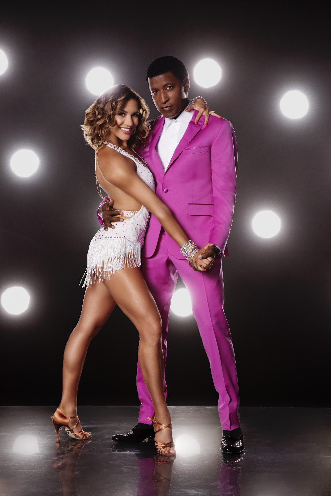 "DANCING WITH THE STARS - ALLISON HOLKER AND KENNETH ""BABYFACE"" EDMONDS - The stars grace the ballroom floor for the first time on live national television with their professional partners during the two-hour season premiere of ""Dancing with the Stars,"" which airs MONDAY, SEPTEMBER 12 (8:00-10:01 p.m., ET) on the ABC Television Network. (ABC/Craig Sjodin)"