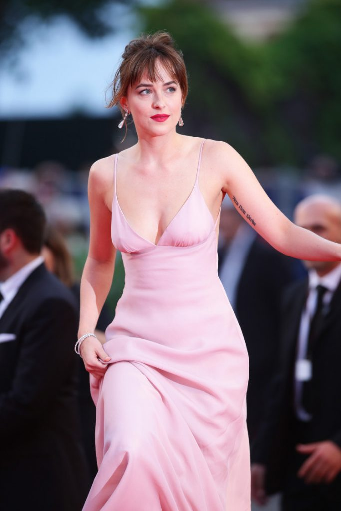 hottest dakota johnson pics