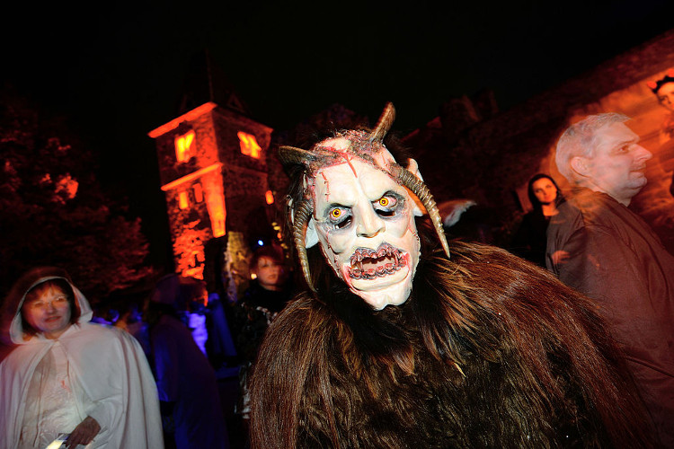 monster party halloween idea