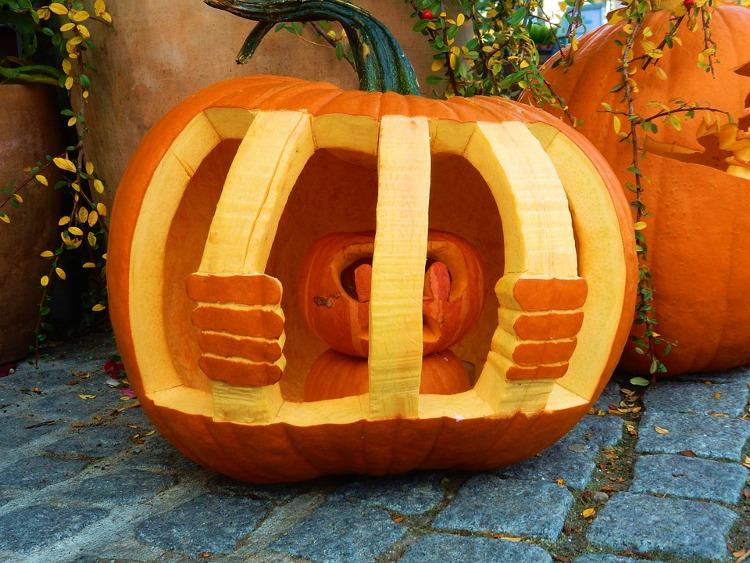 prison pumpkin halloween idea