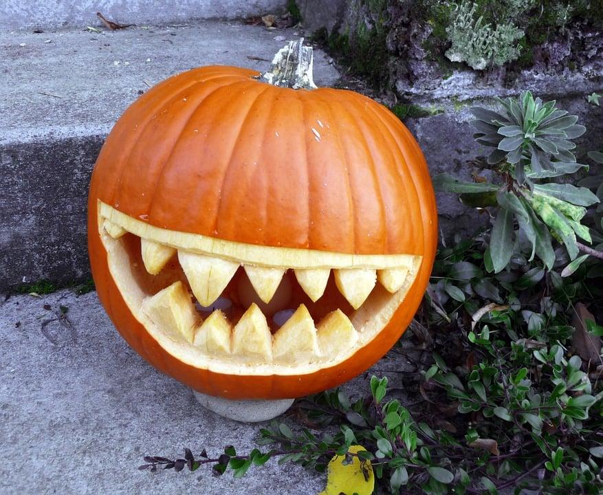 scary jack-o-lantern pumpkin halloween ideas