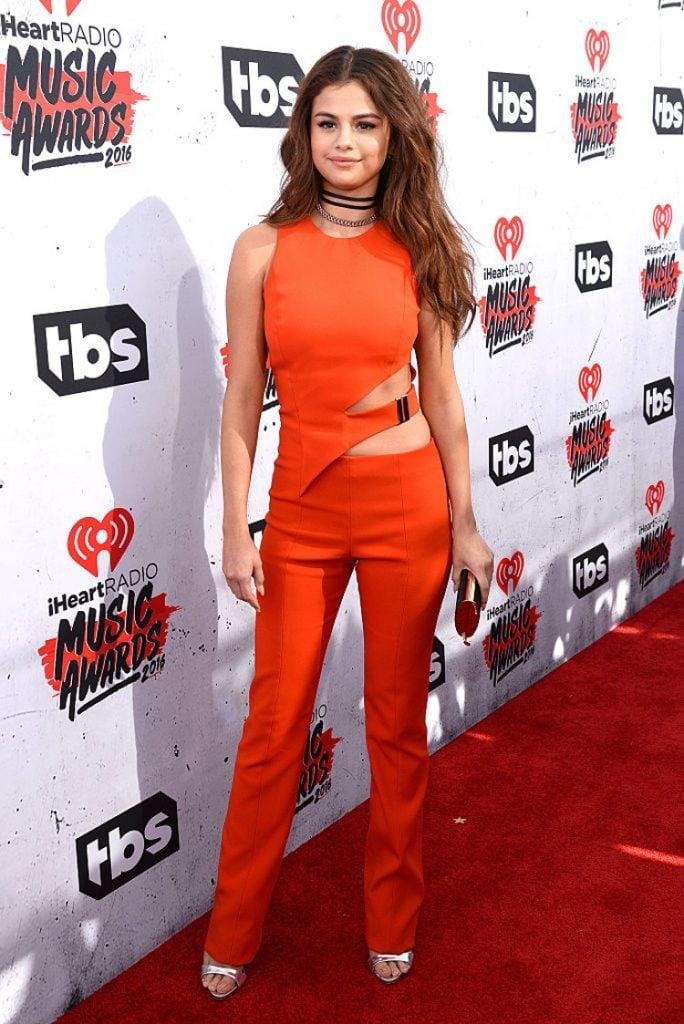10 Hottest Selena Gomez Pics Sending Temperatures Soaring