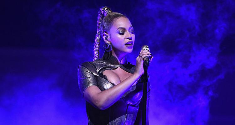 Beyonce CMA Dress
