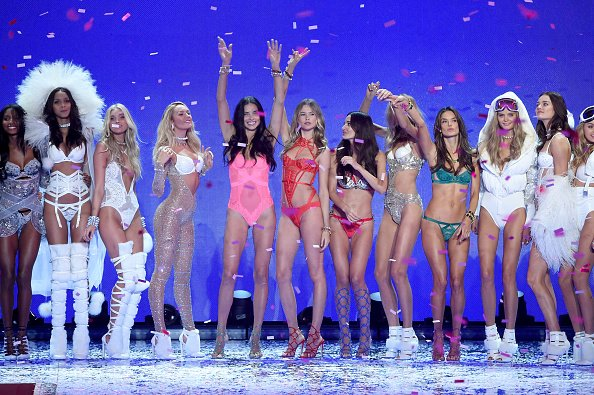 Victoria Secret Fashion Show 2015