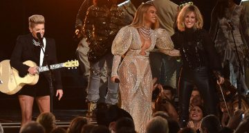 Watch Beyonce's Stunning CMA Outfit & Performance