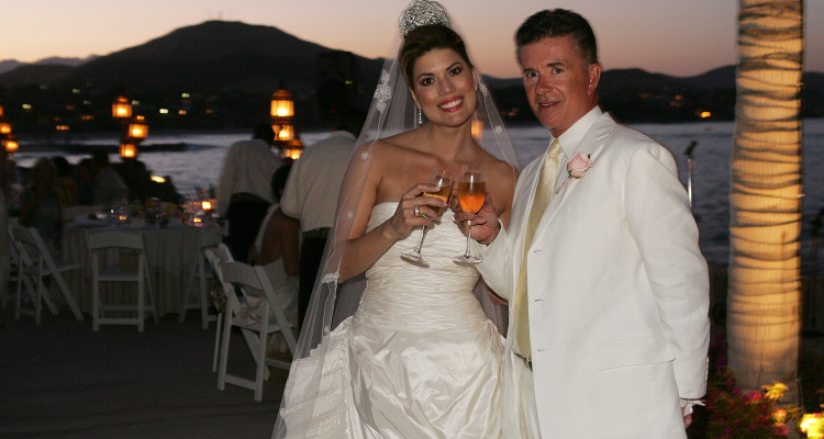 10 Wedding Photos of Alan Thicke and Tanya Callau to Remember their Union