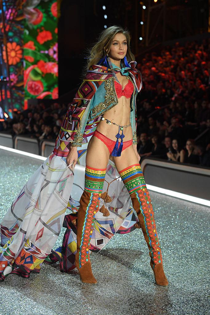 Gigi Hadid Hottest Pic VS Fashion Show