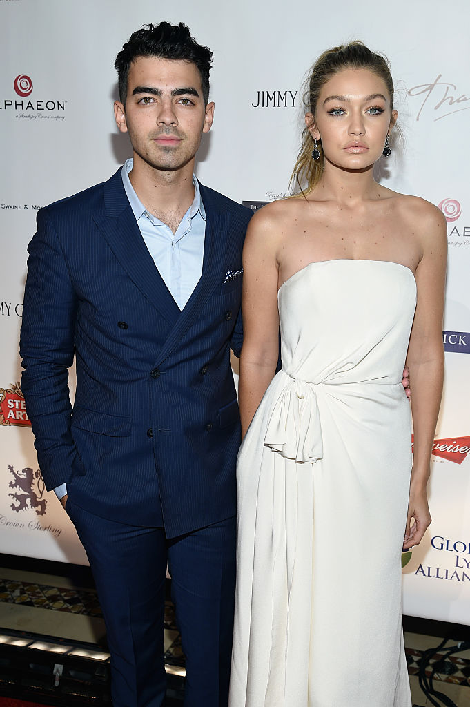 Joe Jonas Dating Gigi Hadid