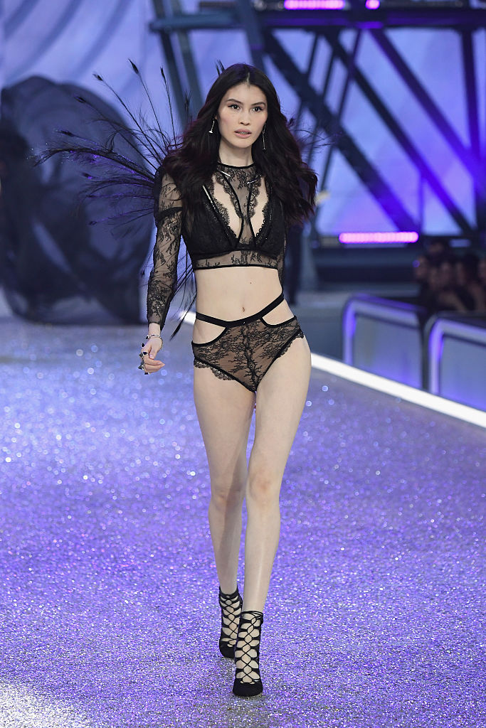 Sui He Victorias Secret Fashion Show