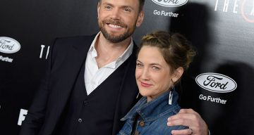 "LOS ANGELES, CA - JANUARY 12:  Actor Joel McHale and Sarah Williams attend the premiere of Fox's ""The X-Files"" at California Science Center on January 12, 2016 in Los Angeles, California.  (Photo by Angela Weiss/Getty Images)"