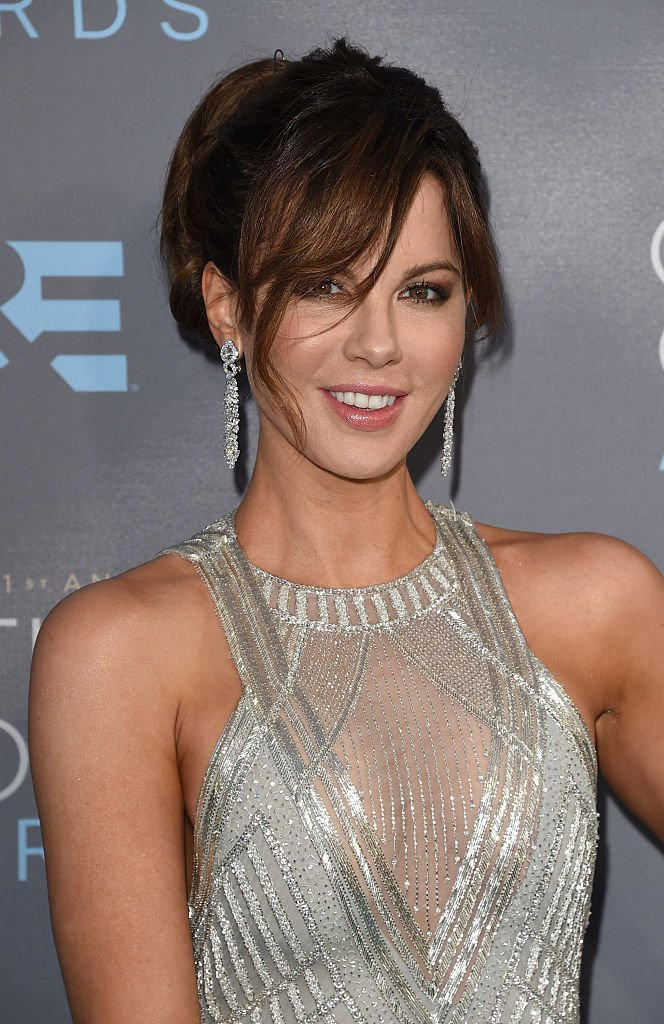 Actress Kate Beckinsale attends the 21st Annual Critics' Choice Awards at Barker Hangar on January 17, 2016 in Santa Monica, California. (Photo by Jason Merritt/Getty Images)