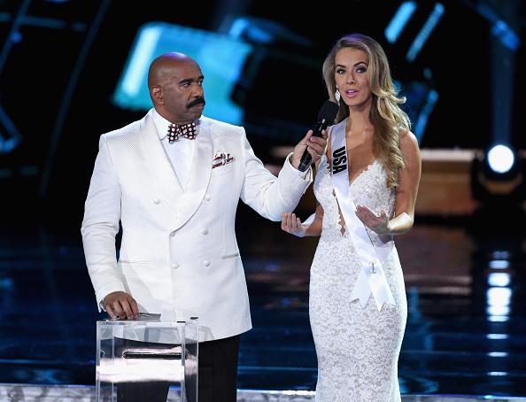 Steve Harvey Hosts 2015 Miss Universe Pageant