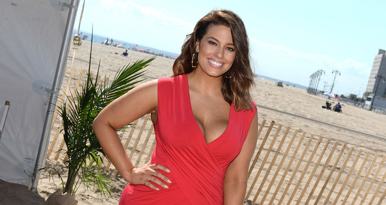 "Ashley Graham Making Waves with Her ""Sports Illustrated ..."