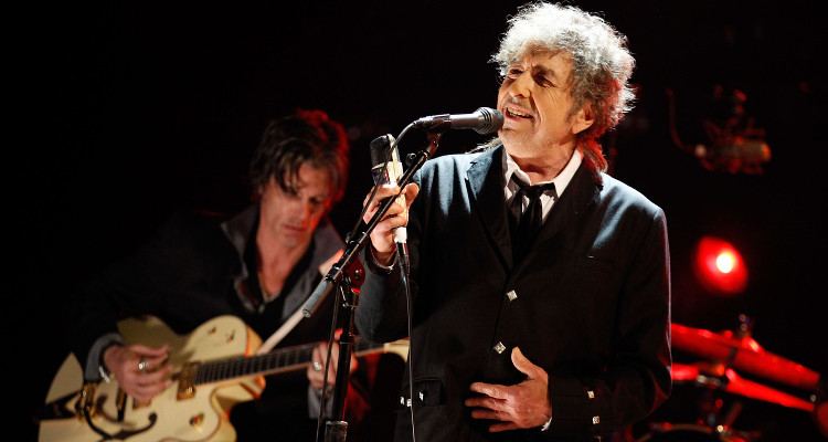 Bob Dylan All Set to Release Three-Disc Album Triplicate