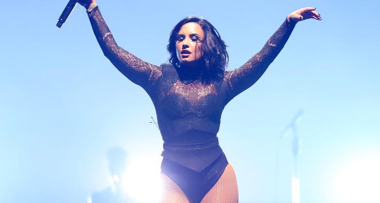 Demi Lovato Turning Her Back On 2017