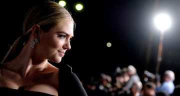 Kate Upton Sizzles in a Racy Topless Photo Shoot