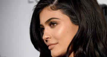 Kylie Jenner Has Hair-Raising Fun on Snapchat
