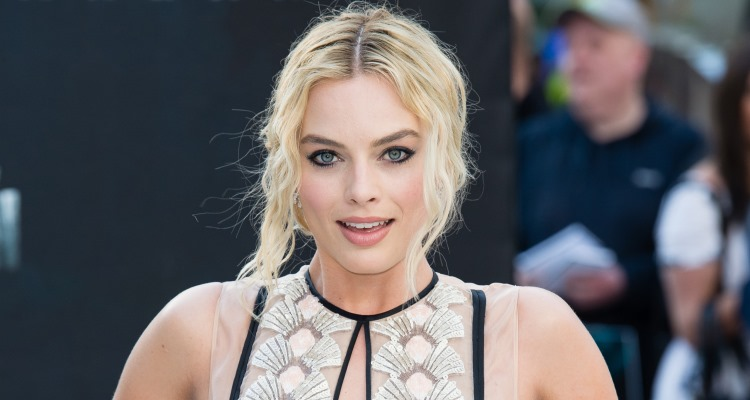 Will Margot Robbie and Nissan Be Better Than Matthew McConaughey and Lincoln?