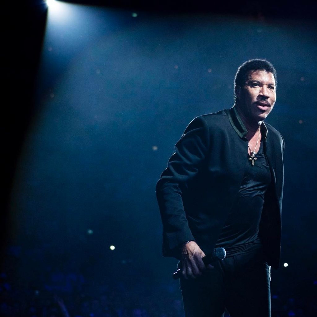 Lionel richie s latest instagram post talks about his Lionel richie madison square garden