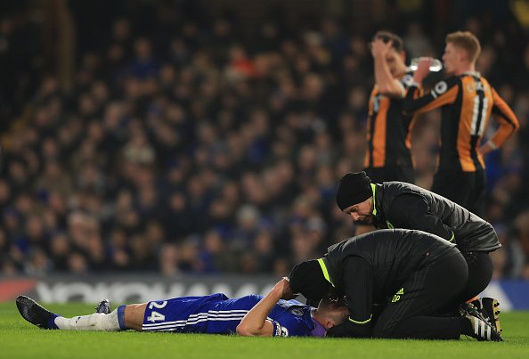 Chelsea vs. Hull City; Ryan Mason collides with Gary Cahill, Jan 22, 2017
