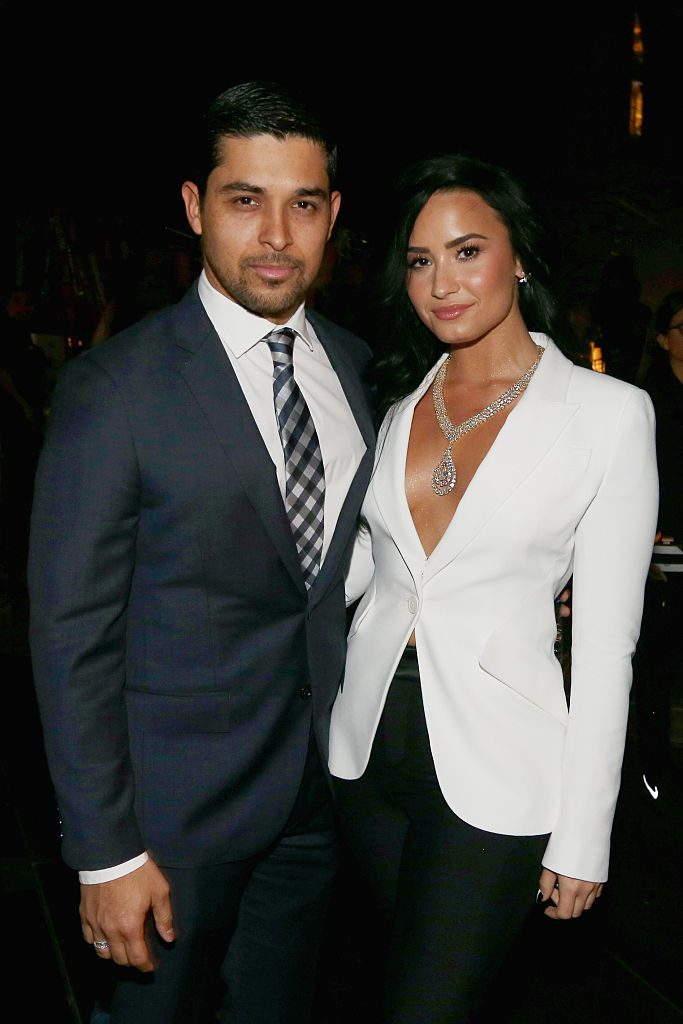 wilmer valderrama dating demi lovato 2017 Seeing as demi has been broken up with ex wilmer valderrama for over a year now, we're happy to see her moving on with the persian beauty and we have a feeling demi is #sorrynotsorry about it more from life & style did demi lovato get breast implants in 2017.