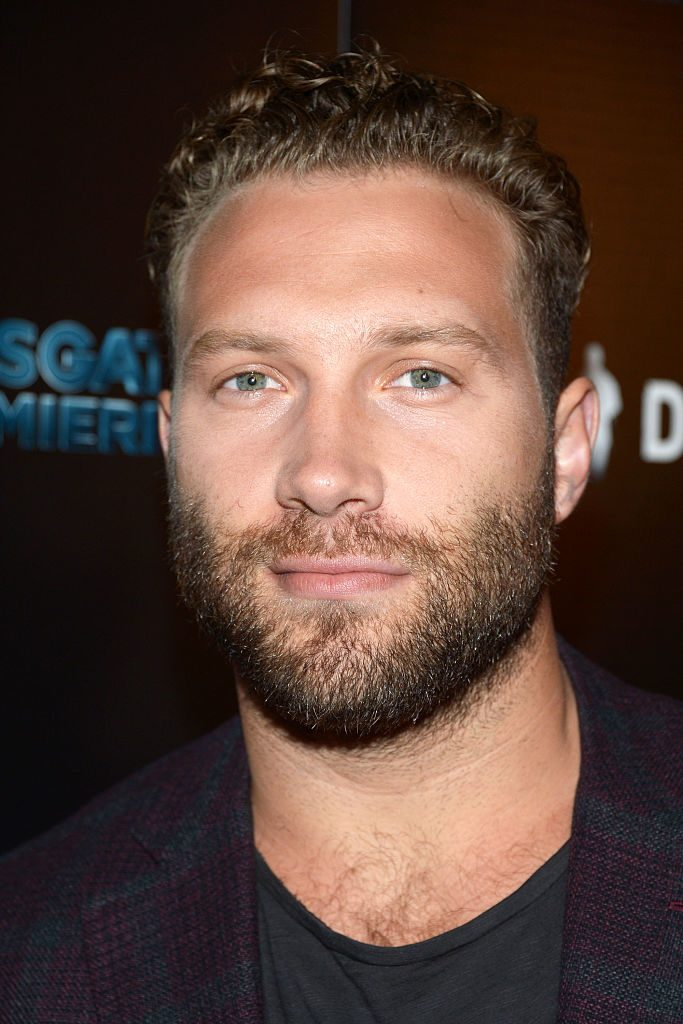 Jai Courtney Emilia