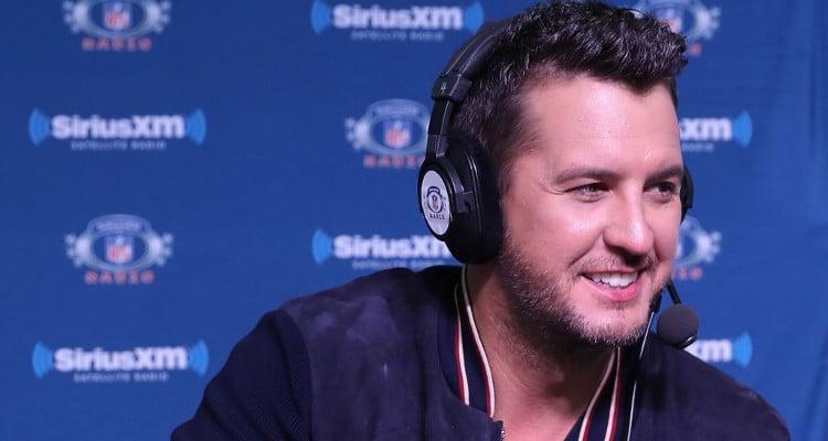 Luke Bryan on The Voice