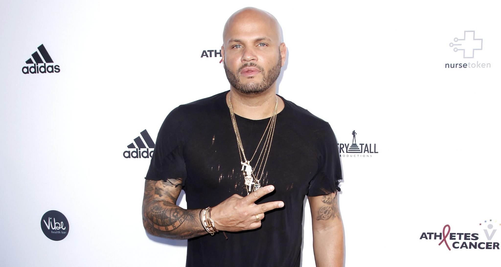 Stephen Belafonte attends the 5th annual Athletes vs Cancer Celebrity Flag Football Game