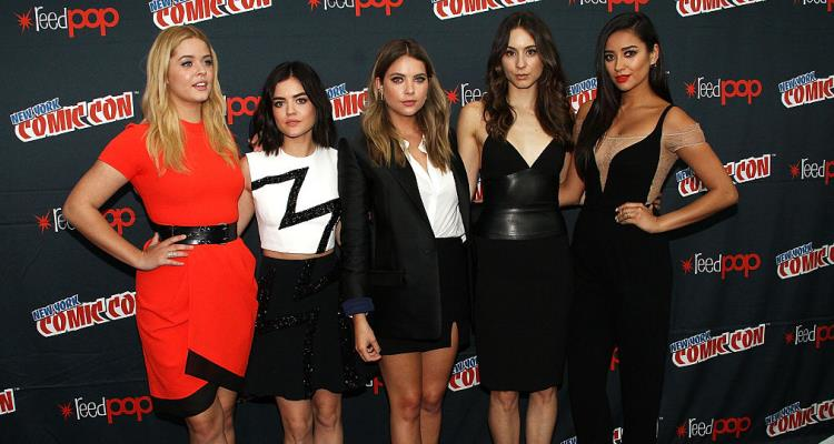 Sasha Pieterse, Lucy Hale, Ashley Benson, Troian Bellisario and Shay Mitchell of 'Pretty Little Liars'