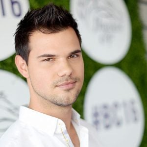 Taylor Lautner Now: Wh...