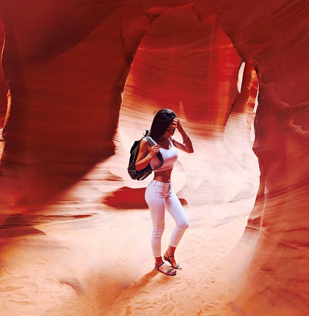 Alesia Taylor in Lower ANtelope Canyon