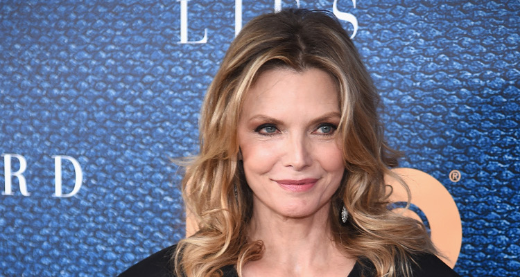 Michelle Pfeiffer was stunned by Robert De Niro's Madoff resemblance